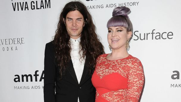 GTY Matthew Mosshart kelly osbourne ml 1401090 16x9 608 Kelly Osbourne, Matthew Mosshart Call Off Engagement