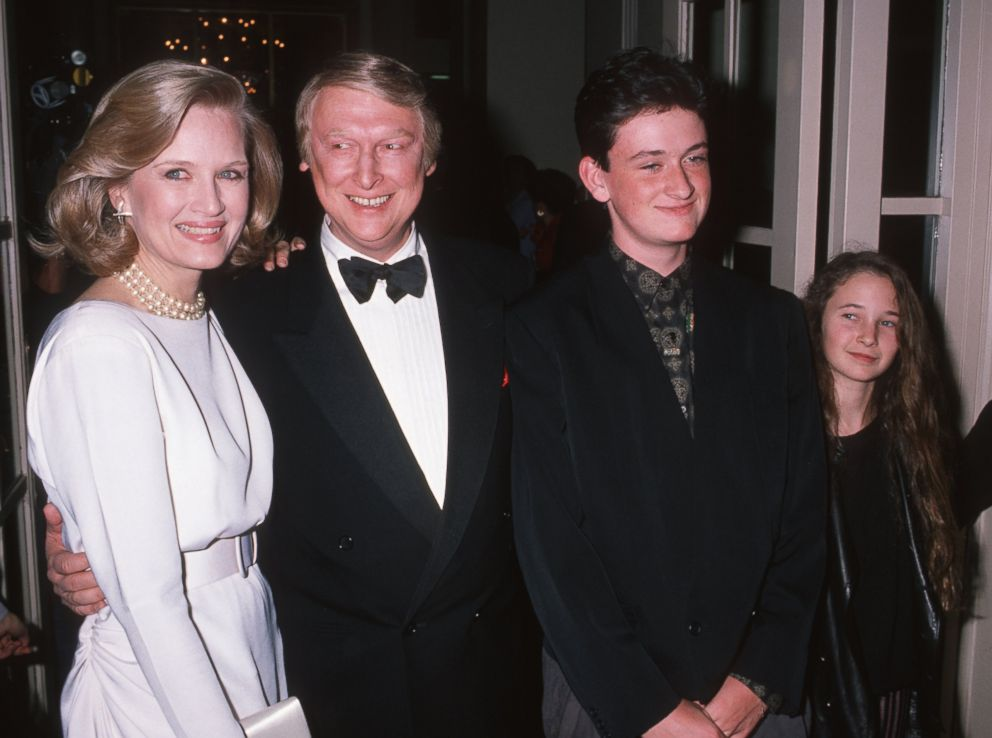 PHOTO: Diane Sawyer, Mike Nichols, Max Nichols and Jenny Nichols are seen in this undated file photo.
