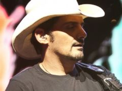 Brad Paisley to Co-Host Country Music Awards for 9th Year in a Row