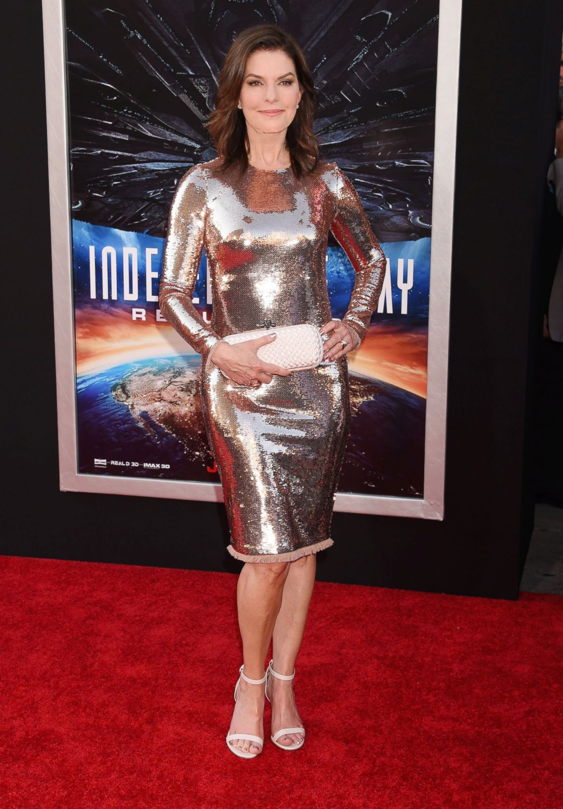 Sela Ward Shines On The Red Carpet Picture Fab Over 50