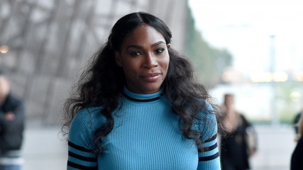 PHOTO: Serena Williams is seen leaving the Versace show during Milan Fashion Week Spring/Summer 2017 on Sept. 23, 2016 in Milan.