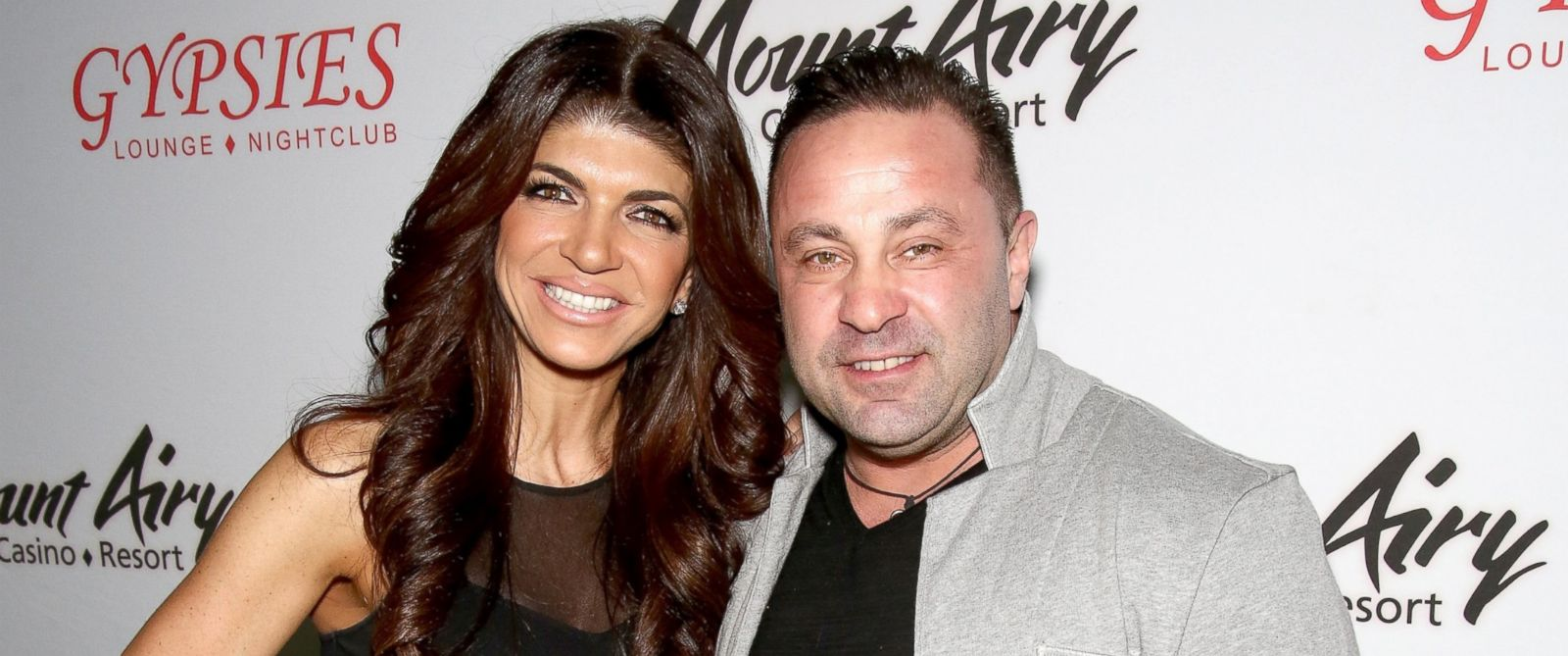 PHOTO: Teresa and Joe Giudice appear at Mount Airy Resort Casino for a book signing and meet and greet, March 5, 2016, in Mount Pocono City, Penn.
