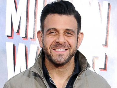 Adam Richman Apologizes for 'Inexcusable Remarks'