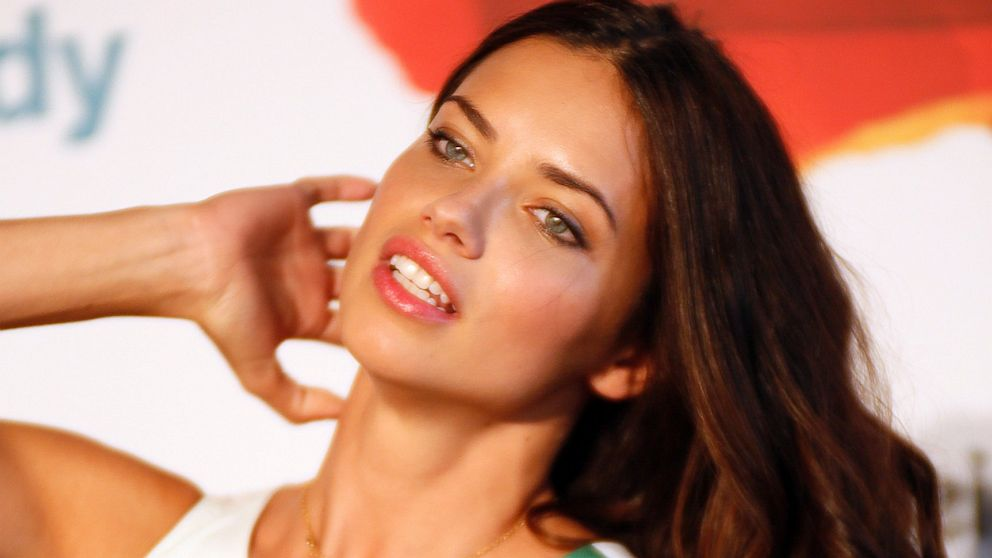 victoria s secret model adriana lima shares diet tips