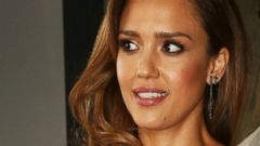 Jessica Alba Photobombed By a Jacka**