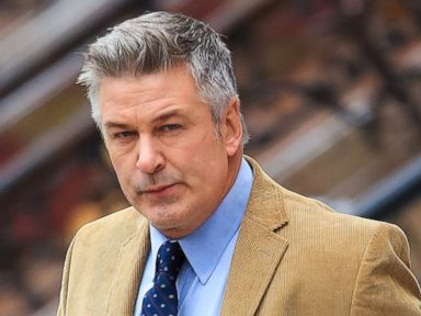 Alec Baldwin Handcuffed By Police in New York