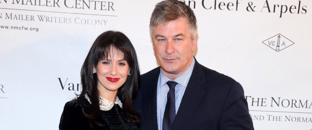 PHOTO: Hilaria and Alec Baldwin are pictured Oct. 27, 2014, in New York City.