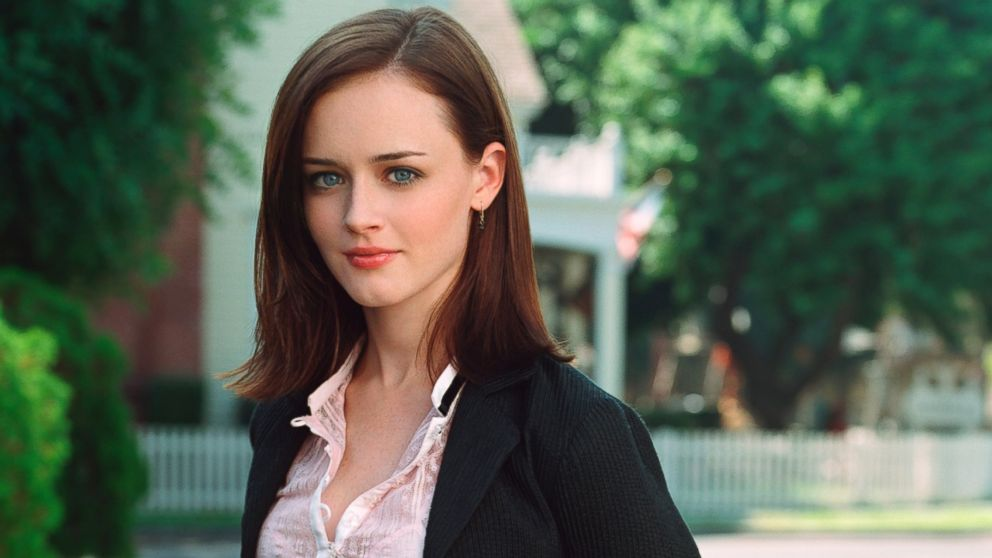 Rory gilmore meets michelle obama in new gilmore girls teaser abc