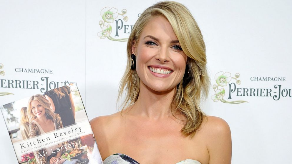 """PHOTO: Ali Larter celebrates the release of her new cookbook """"Kitchen Revelry,"""" Aug. 27, 2013, in West Hollywood, Calif."""