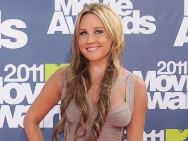 PHOTO: Actress Amanda Bynes arrives at the 2011 MTV Movie Awards at the Gibson Amphitheatre, June 5, 2011 in Universal City, Calif.
