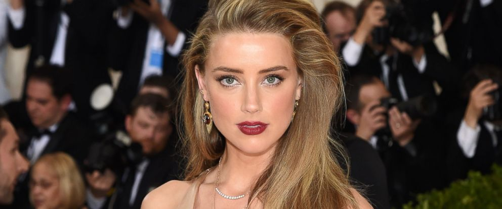 """PHOTO: Amber Heard attends the """"Manus x Machina: Fashion In An Age Of Technology"""" Costume Institute Gala at Metropolitan Museum of Art, May 2, 2016, in New York City."""