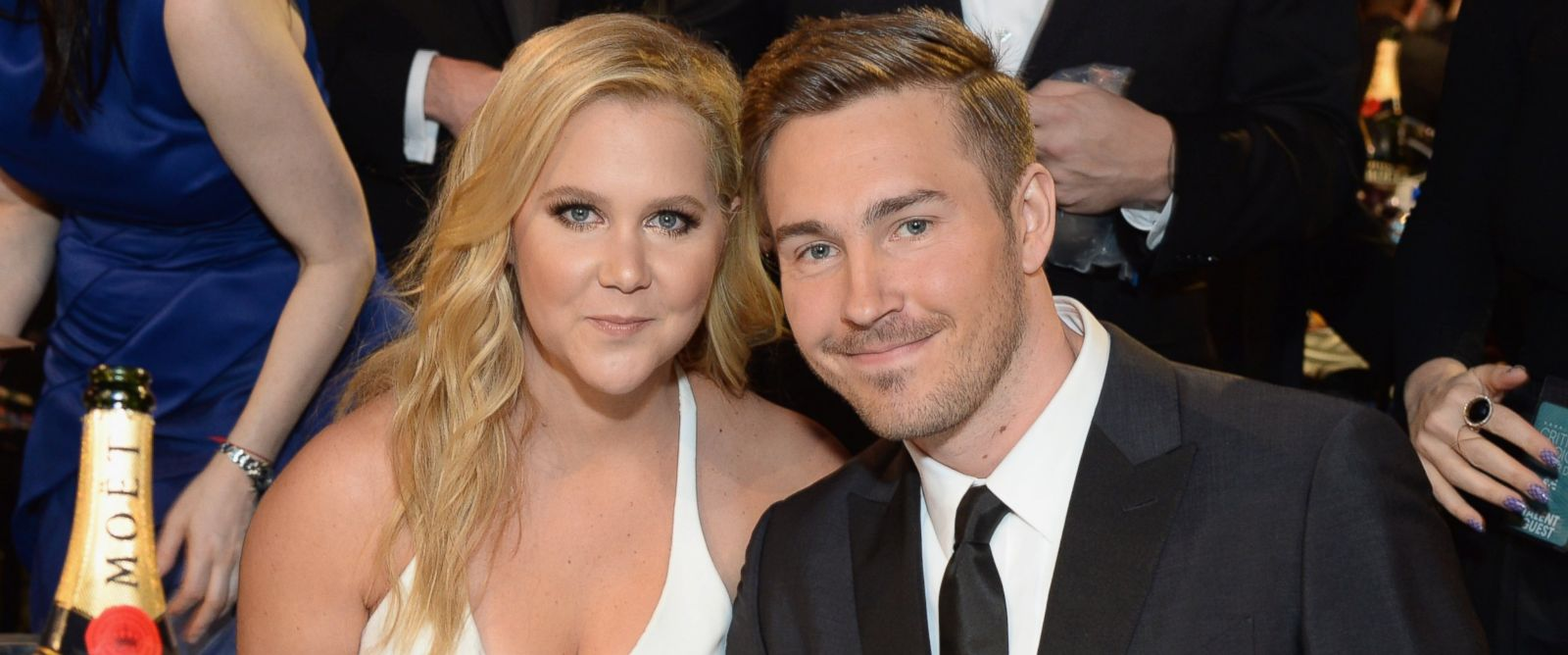 PHOTO: Amy Schumer and Ben Hanisch attend the 21st Annual Critics Choice Awards at Barker Hangar on Jan. 17, 2016 in Santa Monica, California.