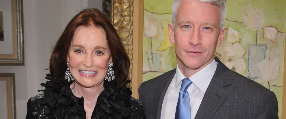 PHOTO: Gloria Vanderbilt, left, and Anderson Cooper, right, are pictured on Nov. 4, 2010 in New York City.