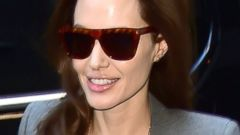 PHOTO: Angelina Jolie Shows Off Her Understated Style