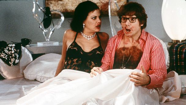 "PHOTO: Mike Myers and Kristen Johnson in ""Austin Powers: The Spy Who Shagged Me."""