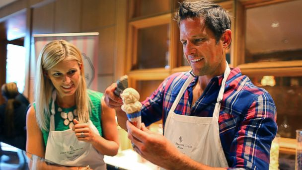 PHOTO: Chris Lambton and his wife Peyton Wright Lambton scoop ice cream cones