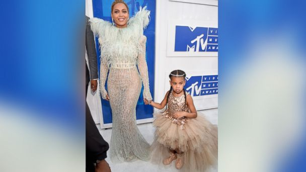 PHOTO: Singer-songwriter Beyonce and daughter, Blue Ivy, attend the 2016 MTV Video Music Awards at Madison Square Garden, Aug. 28, 2016, in New York City.