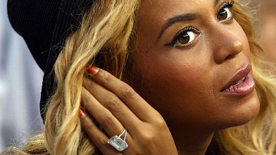 PHOTO: Beyonce watches the 2011 US Open at the USTA Billie Jean King National Tennis Center, Sept. 12, 2011, in New York City.