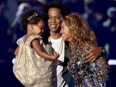 Beyonce Shares the VMA Stage with Jay Z and Blue