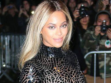 Beyonce Teases Her Involvement in 'Fifty Shades of Grey'