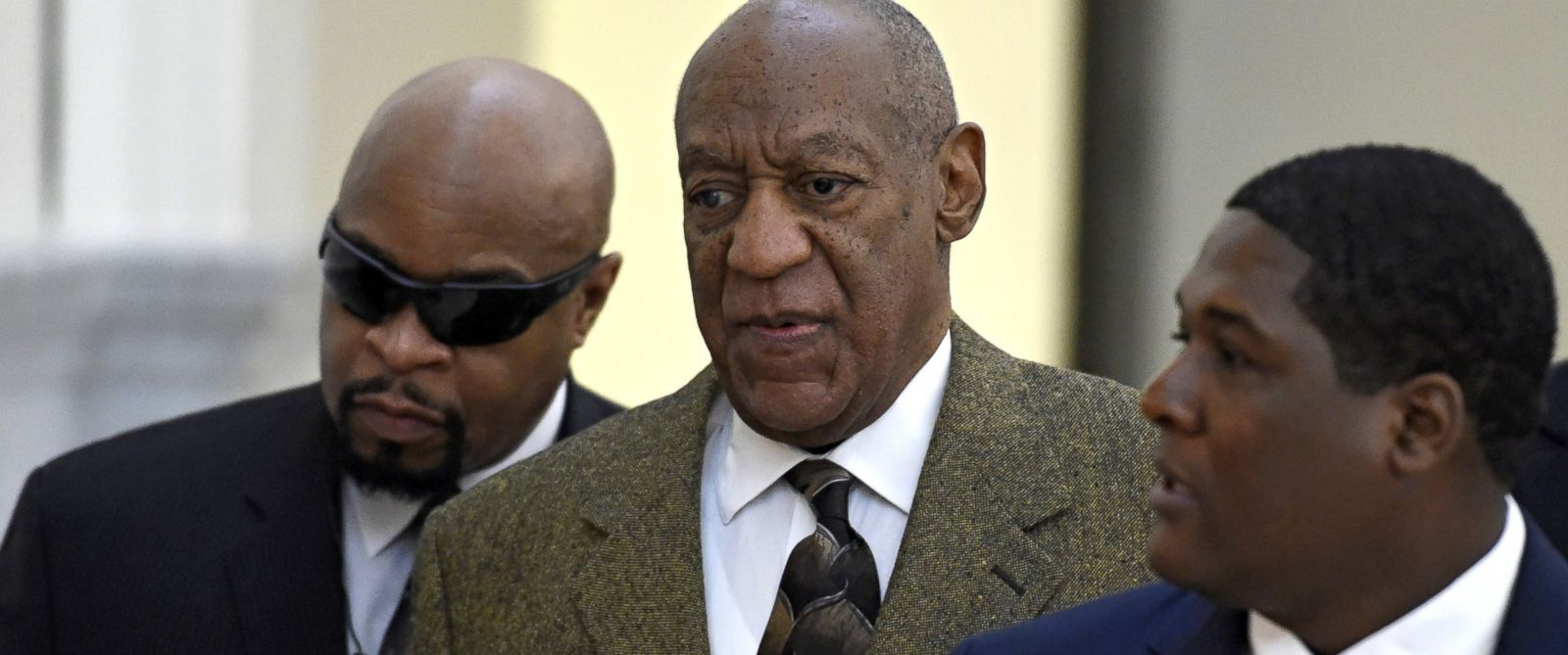 PHOTO: Bill Cosby arrives for a pre-trail hearing in his sexual assault case at the Montgomery County Courthouse, Feb. 2, 2016, in Norristown, Pennsylvania.