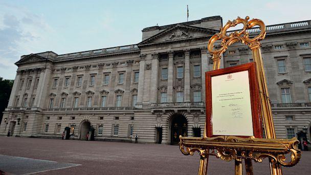 GTY birth announcement tk 130722 16x9 608 9 Best #RoyalBaby Corporate Tweets