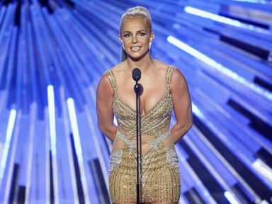 PHOTO: Britney Spears speaks onstage during the 2015 MTV Video Music Awards at Microsoft Theater on Aug. 30, 2015, in Los Angeles.