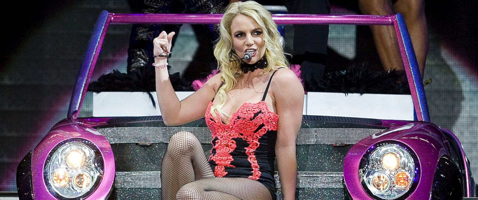 PHOTO: Britney Spears at the Foro Sol in Mexico City, Mexico, Dec. 3, 2011.