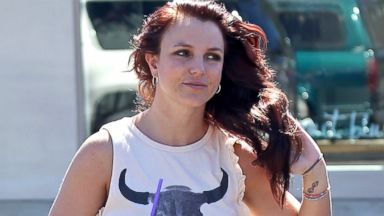 Brunette Britney Spears: Back in Malibu