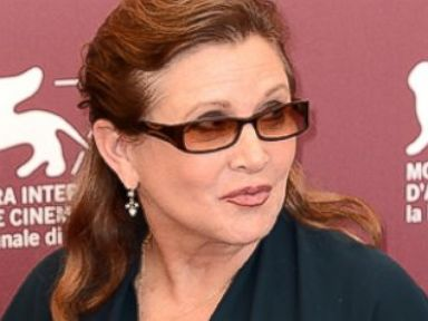 'Star Wars' Star Carrie Fisher Shows Off 35-Pound Weight Loss