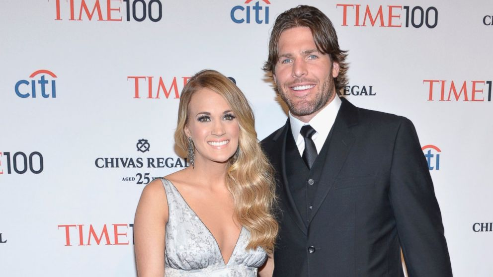 How carrie underwood and mike fisher make their marriage for Who is carrie underwood married too
