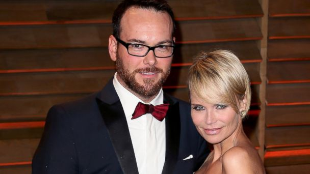 GTY chenoweth brunetti jef 140305 16x9 608 Kristin Chenoweth Spills on Fifty Shades and Dating the Producer
