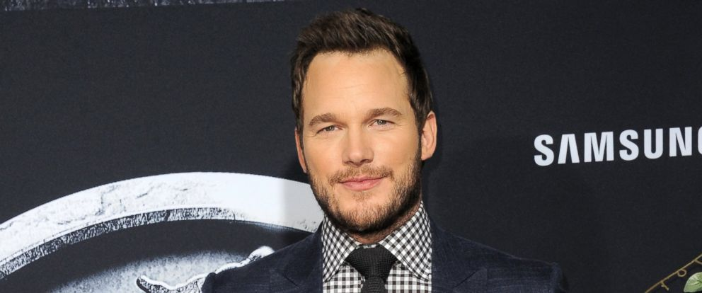 """PHOTO: Actor Chris Pratt arrives for the Premiere Of Universal Pictures """"Jurassic World"""" on June 9, 2015 in Hollywood, Calif."""