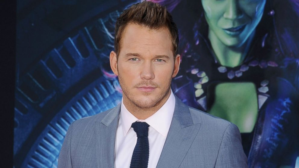 """PHOTO: Actor Chris Pratt arrives at the Los Angeles premiere of Marvels """"Guardians Of The Galaxy"""" at the El Capitan Theatre on July 21, 2014 in Hollywood, Calif."""