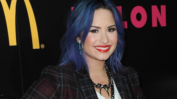 GTY demi lovato jtm 131211 16x9 608 Demi Lovato on Past Drug Use: Says She Did Cocaine on Airplanes