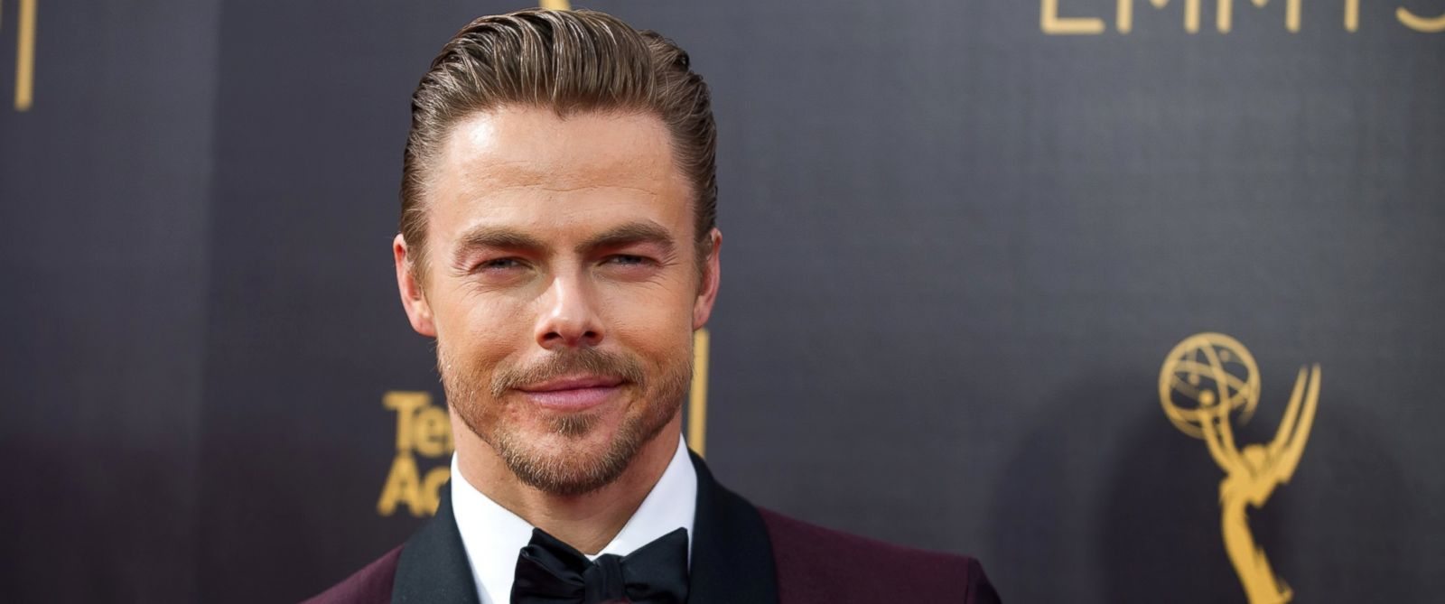 PHOTO: Derek Hough arrives at the Creative Arts Emmy Awards at Microsoft Theater, Sept. 10, 2016, in Los Angeles.