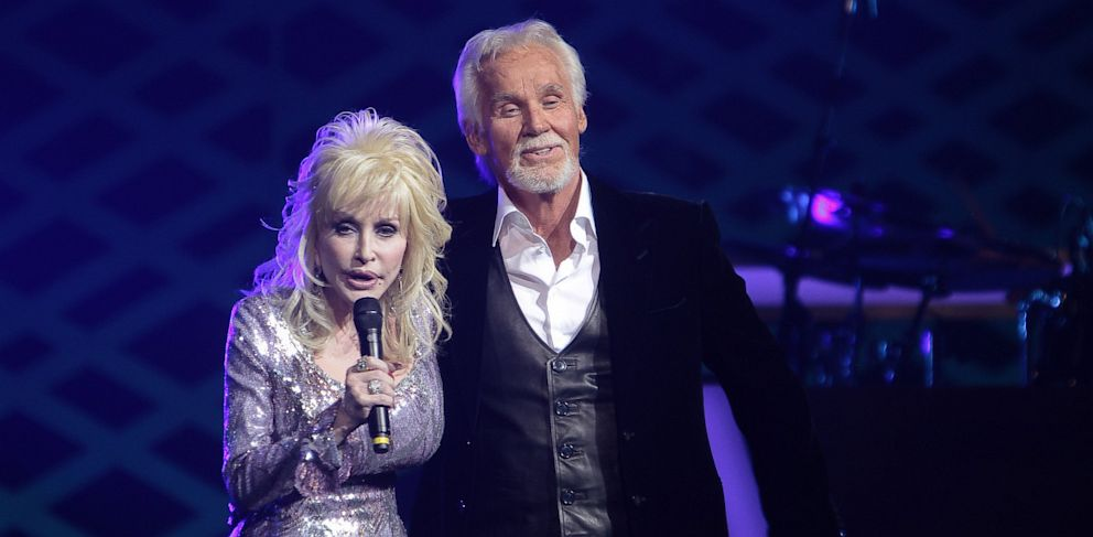 PHOTO: Dolly Parton and Kenny Rogers