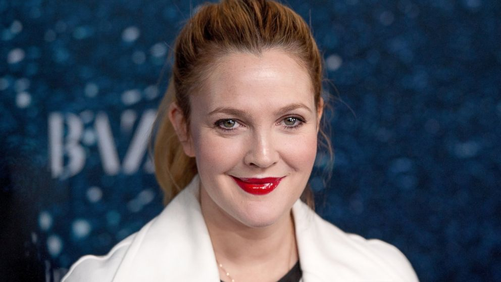 PHOTO Drew Barrymore attends Drew Barrymore