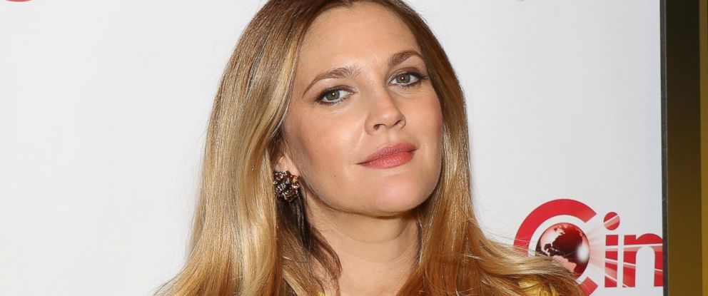 PHOTO: Drew Barrymore arrives at CinemaCon