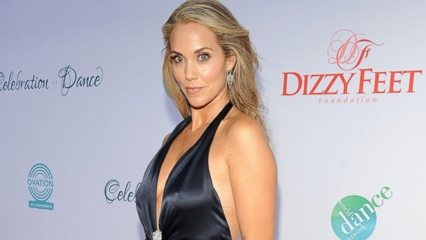 GTY elizabeth berkley kab 140721 16x9 608 Elizabeth Berkley Slams Unauthorized Saved by the Bell Movie