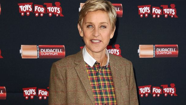 GTY ellen degeneres jef 131217 16x9 608 Ellen DeGeneres Dishes On Her Quiet New Years Plans With Clooney, Aniston, Timberlake