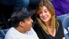 Greys Star Ellen Pompeo Attends an NBA Game with Her Husband