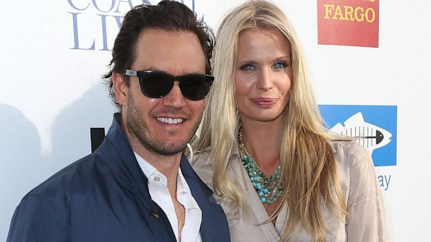 GTY gosselaar jtm 131001 16x9 608 Mark Paul Gosselaar and Wife Welcome Son Dekker