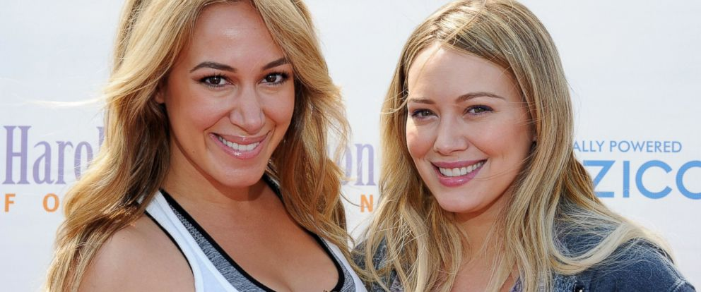 PHOTO: Haylie Duff and Hilary Duff arrive at The Harold Robinson Foundations 2012 Pedal On The Pier Fundraiser at the Santa Monica Pier, June 3, 2012, in Santa Monica, Calif.