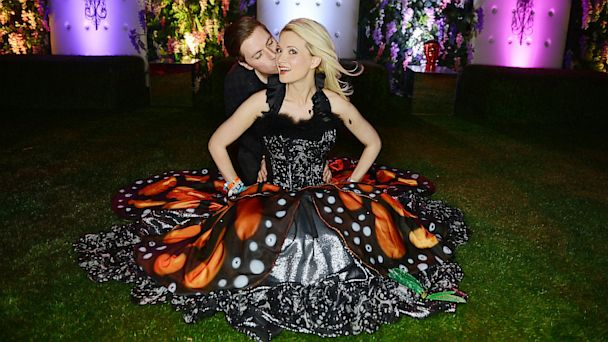 GTY holly madison pasquale rotella ml 130625 16x9 608 Holly Madison Is Engaged! All the Romantic Proposal Details