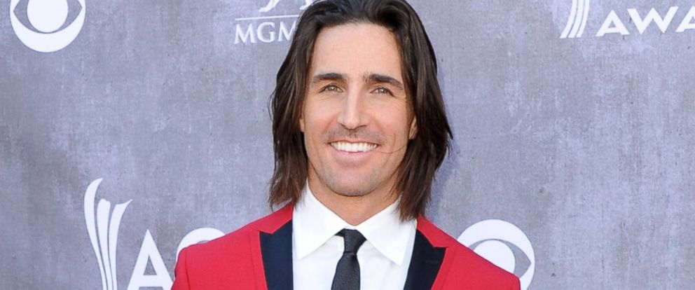 PHOTO: Jake Owen arrives at the 49th Annual Academy Of Country Music Awards at the MGM Grand Hotel and Casino, April 6, 2014, in Las Vegas.