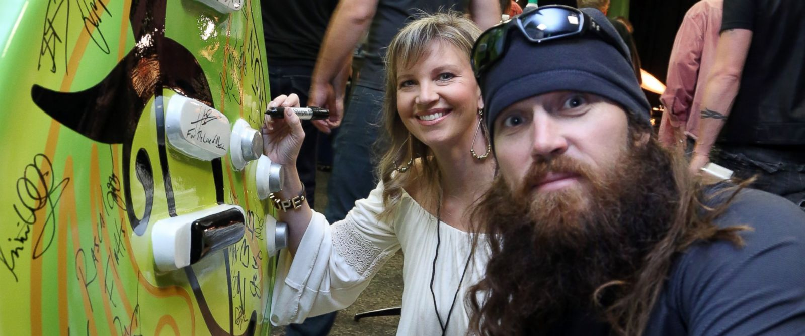 PHOTO: Missy Robertson, left, and Jase Robertson, right, are pictured on Nov. 3, 2013 in Nashville, Tenn.
