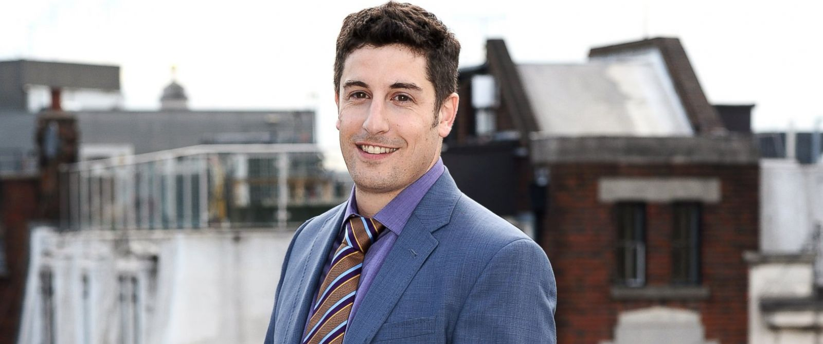 """PHOTO: Jason Biggs attends a photocall for """"Orange Is The New Black"""" at Soho Hotel on May 29, 2014 in London."""