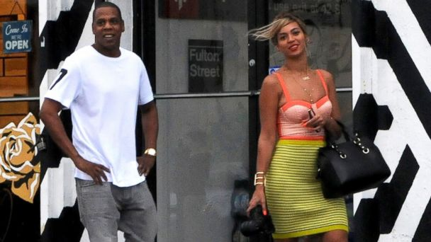 GTY jayz beyonce tk 140101 16x9 608 Jay Z and Beyonce End Their Vegan Diet By Eating Fish