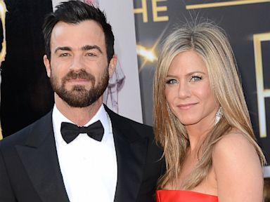 Aniston Reveals Why She and Theroux Are Still Not Married